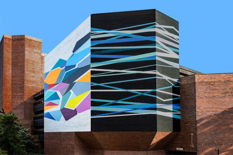 Convergence © 2019 City of Philadelphia Mural Arts Program / Rebecca Rutstein, 27th and South Street.
